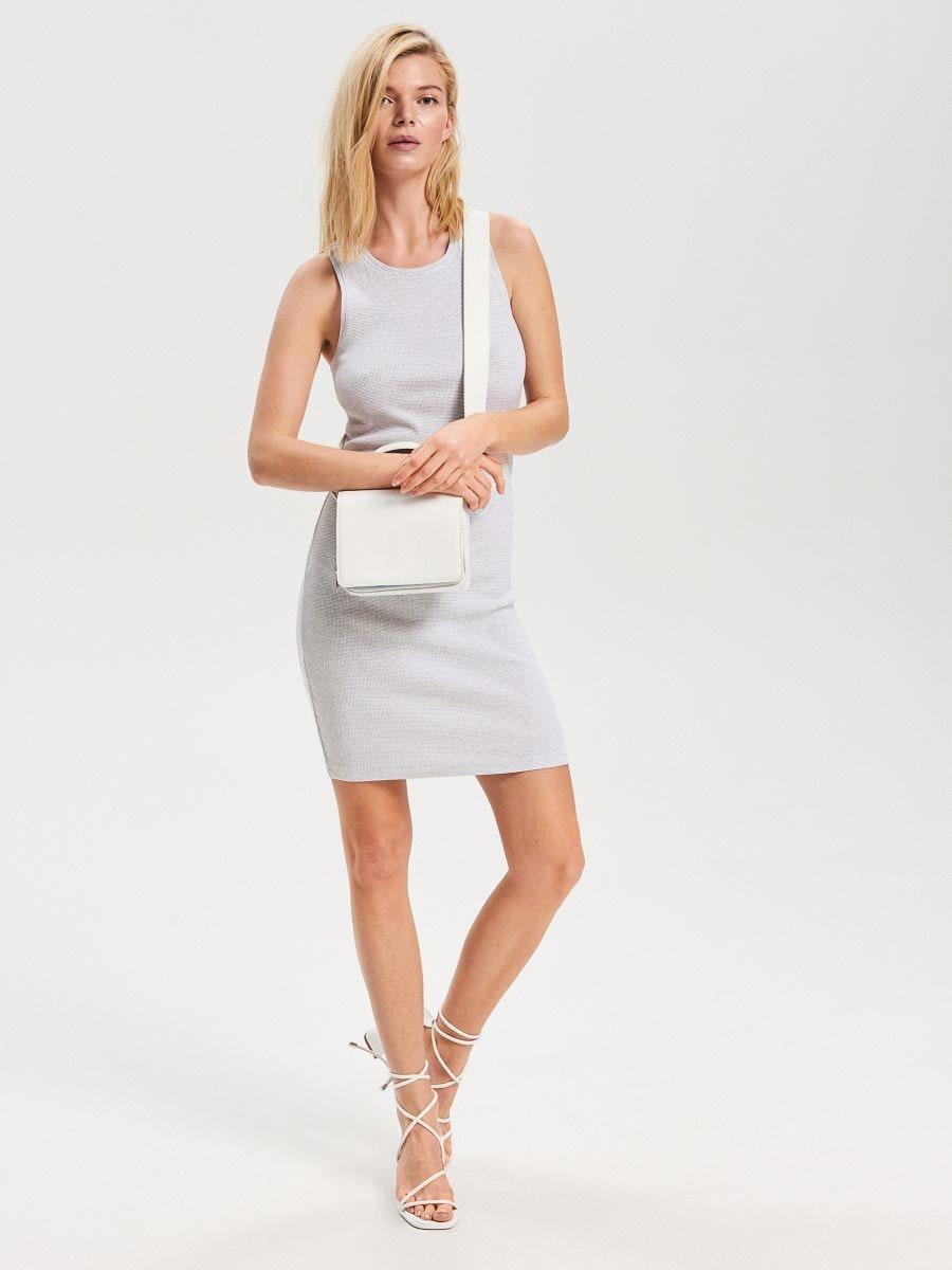 bf5be7a9a Nakupujte online! Úpletové šaty, RESERVED, VF480-09X