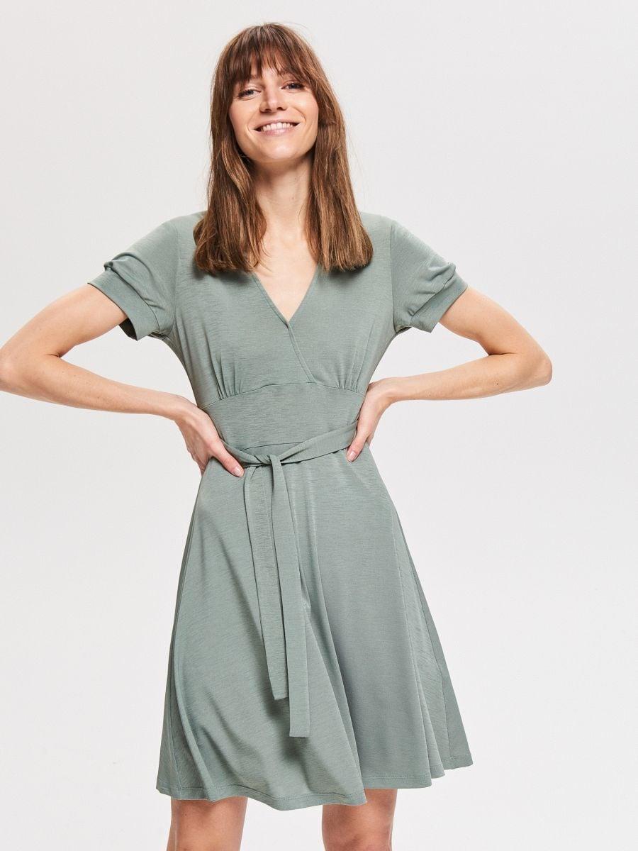 ec74e72efdb3 Nakupujte online! Úpletové šaty