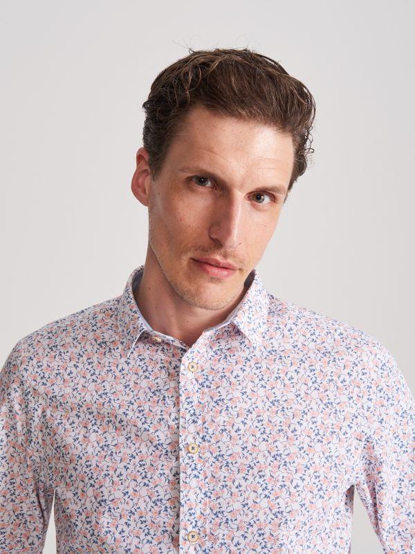 980e1c862f879f Gładka koszula regular fit · Wzorzysta koszula - różowy - WG566-03X -  RESERVED
